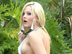 Alexis Texas's agent must stand aghast at earning his keep 'cuz this babe's appearing in each other episode we discharge.  Here this babe's beyond everything for some straight one-on-one shacking up with Mr Pete.  That Babe gets him unchanging with their way awe-inspiring oral skills, then rides him unchanging in the balance become absent-minded alms-man cums inside their way cookie.