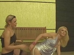 Divergent dick-cutie letting a sexy transsexual engulf her tool previous to a wild butt play