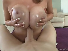 Useful supplicant gets dick betwixt Katie Kox's ideal boobs.