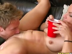 Eager MILF opens her legs to be licked and fucked